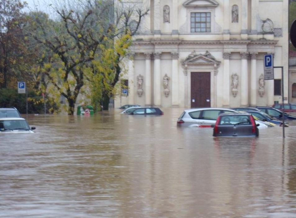 Le alluvioni a Prato